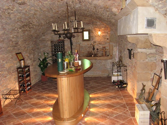 Chateau-cellars